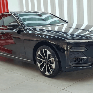 Giá xe VinFast Lux A2.0 chỉ từ 881.6 triệu và ưu đãi gần 500 triệu đồng