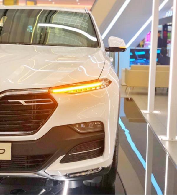 Đèn tin hiệu xe VinFast Lux SA2.0 đẹp mắt sang trọng và dễ nhận diện