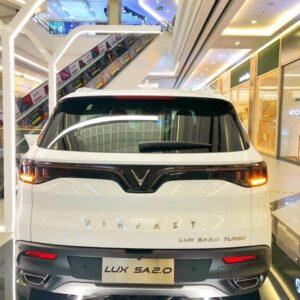 Đuôi xe VinFast Lux SA2.0 theo phong cách thiết kế mới
