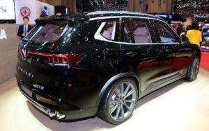 Vinfast Lux sử dụng động cơ V8