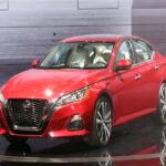 So sánh Vinfast Lux a2.0 và Nissan Altima - Nên chọn mẫu Sedan nào?
