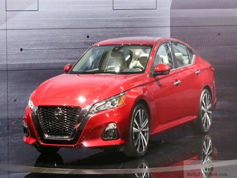Thiết kế mạnh mẽ, nam tính của Nissan Altima