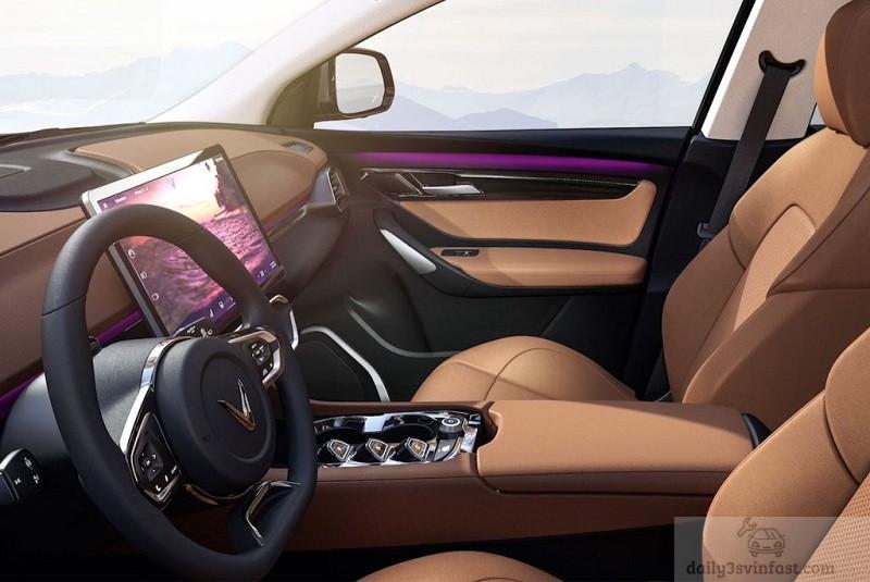 Hàng ghế đầu rộng rãi và thoải mái cho người lái và người ngồi bên cạnh đi kèm tiện nghi như bệ tỳ tay cỡ lớn sang trọng
