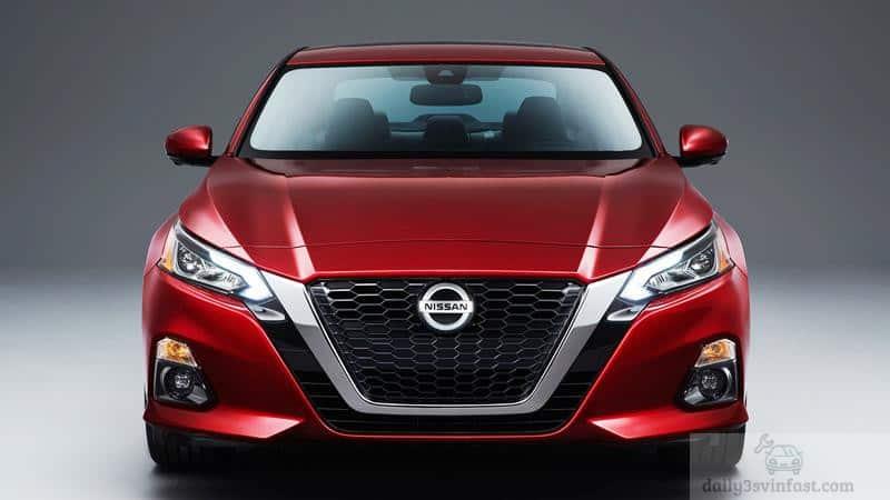 so sánh Vinfast Lux A2.0 và Nissan Teana