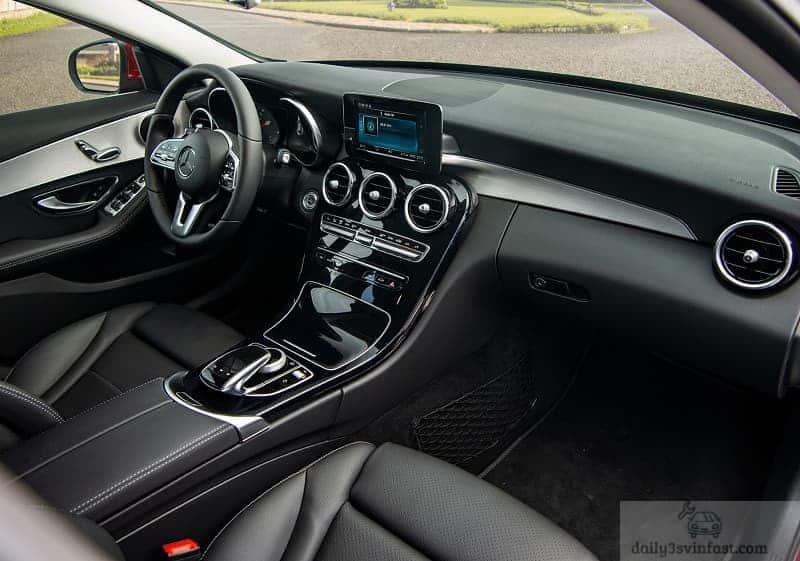 Cabin của Mercedes-Benz C 180 AMG