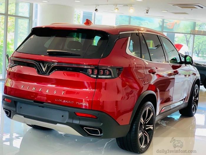 Xe VinFast Lux SA2.0 Đỏ