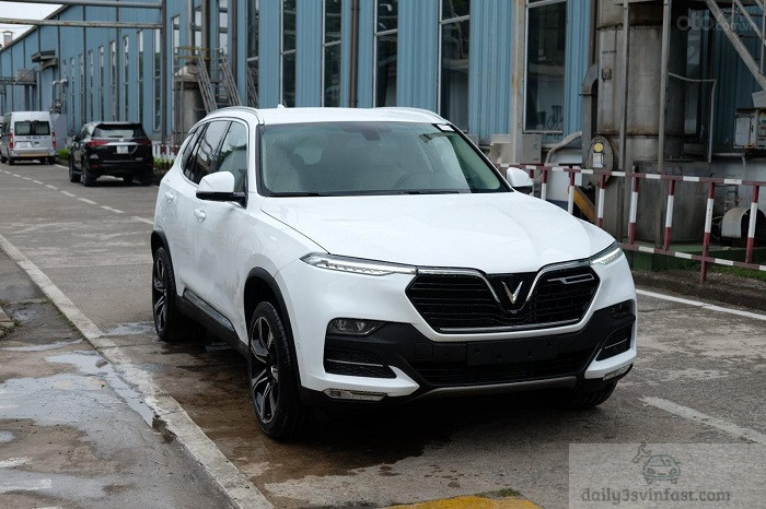 Xe VinFast Lux SA2.0 Trắng
