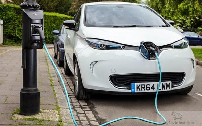Chi phí bảo dưỡng ô tô điện, ô tô chạy xăng đều phải chăng