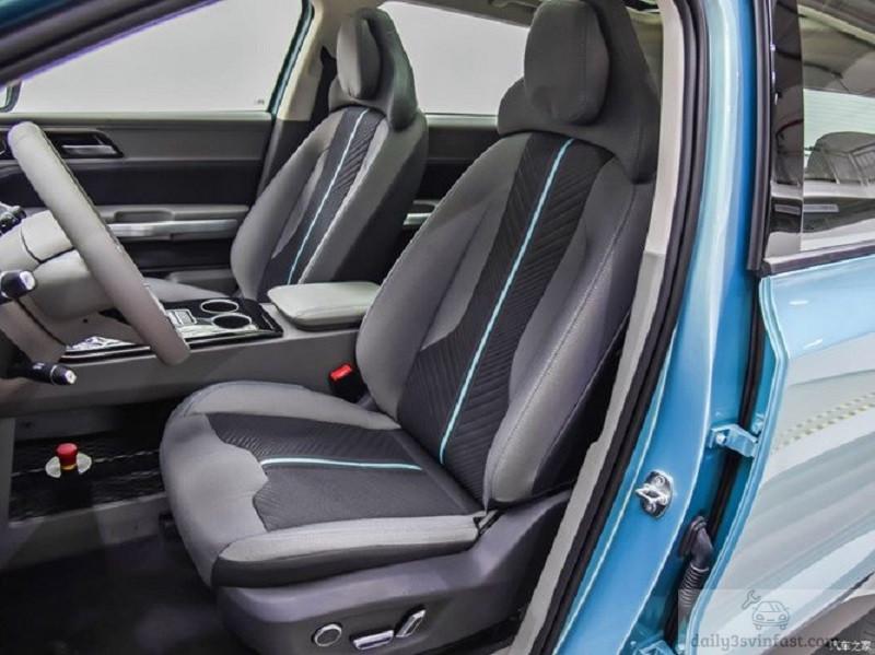 Một góc chụp khác về thiết kế ghế ngồi trên xe