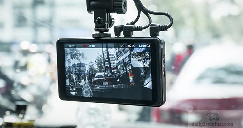 Camera hành trình trang bị không thể thiếu trên xe ô tô VinFast