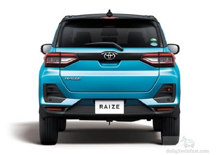 Phần đuôi xe Toyota Raize 2022