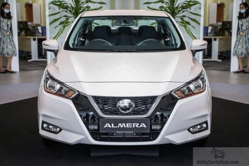 Đánh giá Nissan Almera 2022