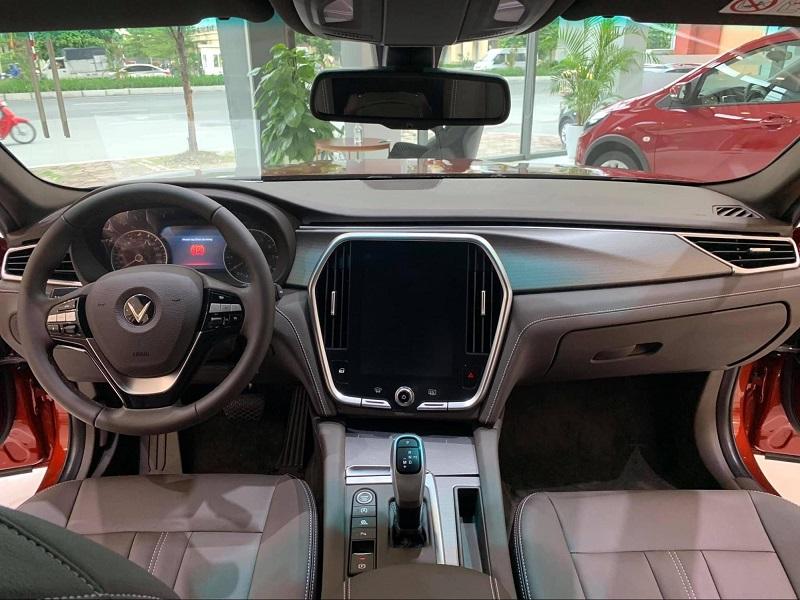 Chỉ với 92-202 triệu đồng trả trươc, nhận ngay xe VinFast Lux A2.0 mới