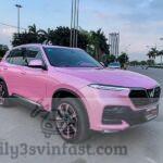 Cực chất xe VinFast Lux SA2.0 màu hồng gây xao xuyến