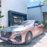 Xôn xao xe VinFast Lux A2.0 màu hồng gây sốt cộng đồng mạng