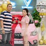 Xe VinFast Fadil màu hồng khiến dân tình xôn xao